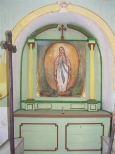 Oltář vkapličce nanávsi